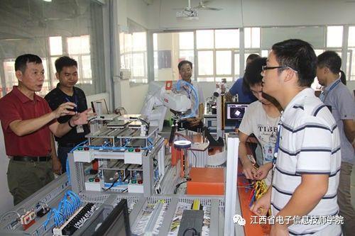 我院与江中药业股份有限公司签订校企合作协议