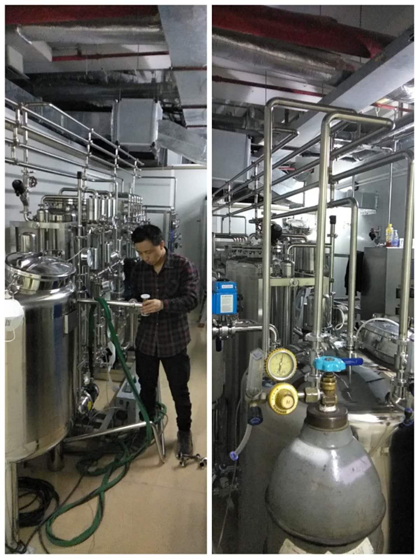 深圳客户纯化水设备现场施工中!